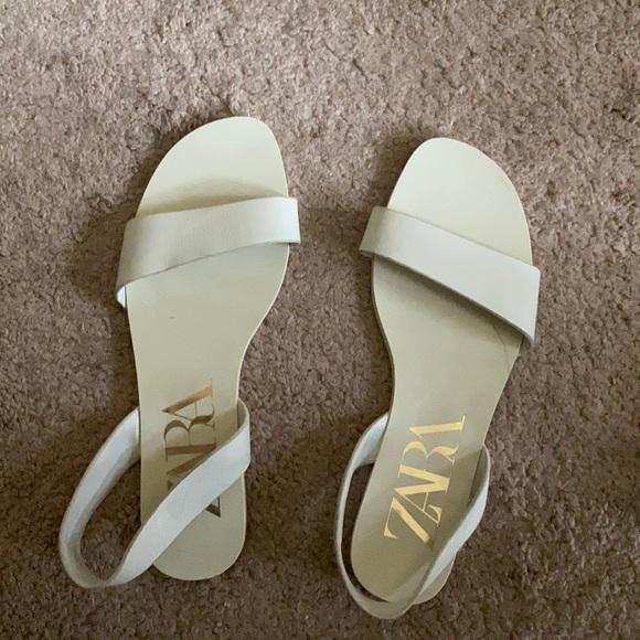 Zara Off White Leather Sandals